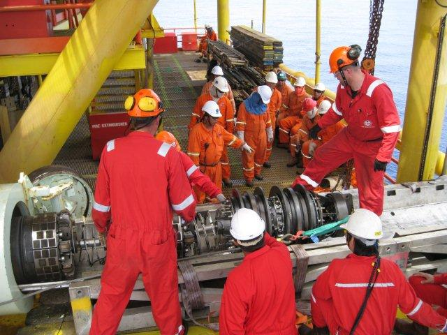 Offshore Oil Rig Jobs - The New Hot Job For This Decade - Offshore
